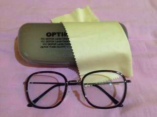 Eye glasses Like NEW 99%