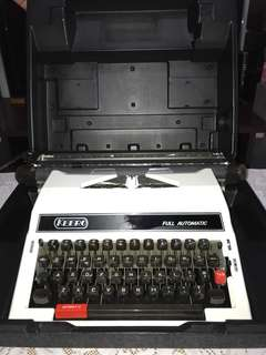 Made in Japan - Keero Typewriter