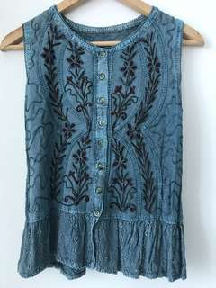Vintage green embroidered top