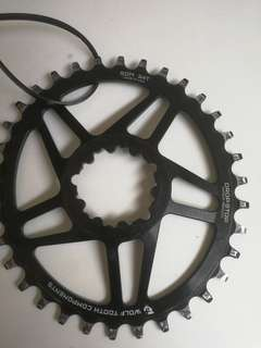 Used wolf tooth drop stop  34 teeth oval chainring