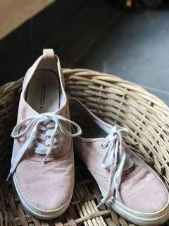 PRE♥️ H&M Shoes