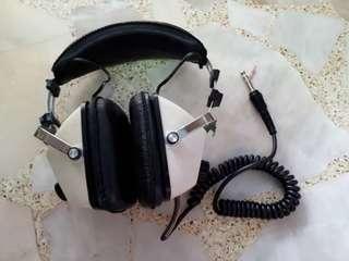 Akai ASE-20 Ear Muff