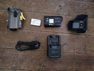 Sony action camera with freebie