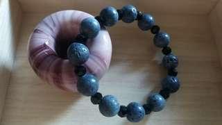 藍珊瑚, 黑水晶