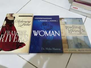 (Bundle) Christian Book about Woman