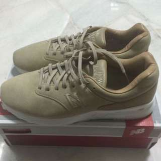 New Balance Men's MD1500DS Reengineered Shoes (Size US8)