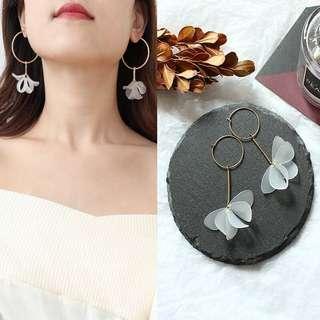 T58, Petals earrings
