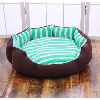 Puggo Stripes Round Dog Bed V6