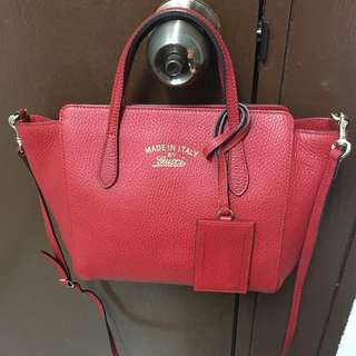 GUCCI SMALL SWING HANGBAG