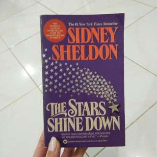 "#1NEWYORKTIMESBESTSELLER SIDNEY SHELDON ""THE STARS SHINE DOWN"""