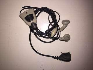 Headset Nokia Jadul (2 item)