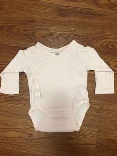 Newborn H&M Long Sleeves Onesie