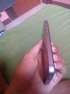 iPhone 5s 16gb Factory UnLock Spacegrey , Konting Dents lang sya bukod dun wala na syang issue , unit , Charger & Box