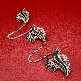 🌹 Paranakan vintage brooch