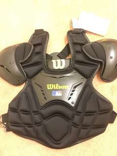 Wilson umpire chest protector