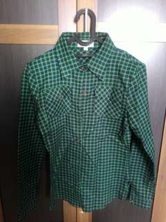 Green plaid tshirt