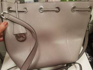 Authentic grey Michael kors shoulder bag