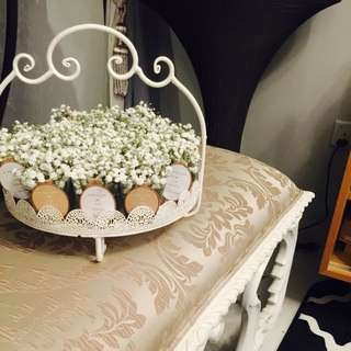 baby's breath rampai on White metal tray