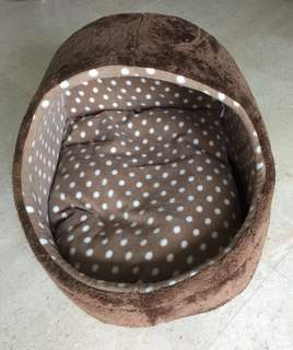 Dog Bed with Washable Cushion for small or medium Dog
