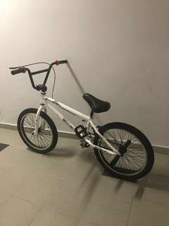 URGENT SALE !!! Less than 2 weeks bmx