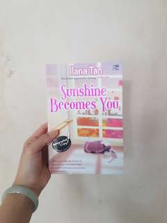 Novel: Sunshine with You by Ilana Tan (dapat tanda tangan penulis!)