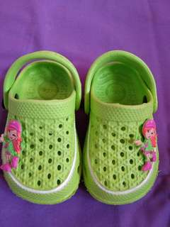 Sendal sepatu anak