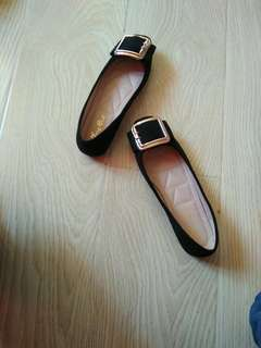 (BN) Black Covered Shoes