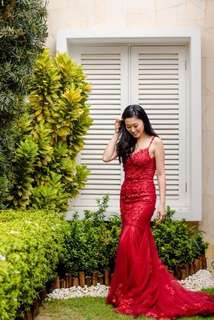 Stunning Red Lace mermaid wedding dress Low back