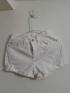 🚚 白色短褲 #畢業一百元出清