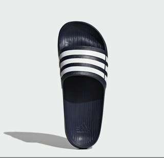 💯Authentic Adidas Duramo Slides ( UNISEX)