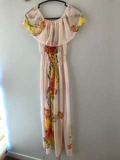 Offshoulder maxi dress