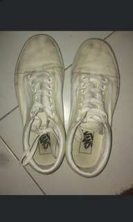 Vans cleaning services