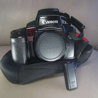 CANON Film Camera  EOS 100 菲林相機  $250