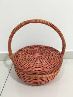 Round Basket with Cover Pink