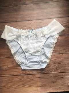 🚚 全新 獨立包裝 日系 蕾絲 三角內褲 棉質