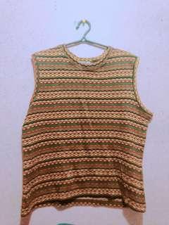 Knitted sleeveless
