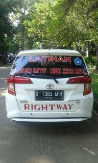 Kursus Mengemudi RIGHTWAY Bandung driving school