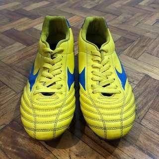 Mizuno Soccer Sports Cleats Shoes Not Nike Adidas Underarmor