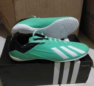 Sepatu futsal adidas ace terbaru 201