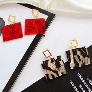 E20 Minimalist Marble Acetate Earrings Studs
