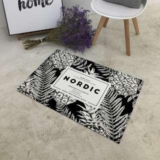 Monochrome Nordic Pineapple Floor Mat - 13015