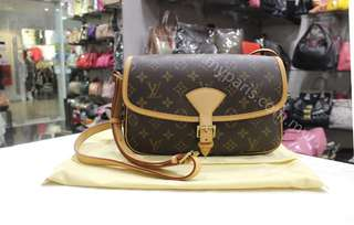 Louis Vuitton Monogram Canvas Sologne Sling Ba G