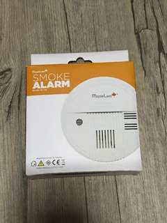 BNIB Maple Leaf Smoke Alarm (free delivery)