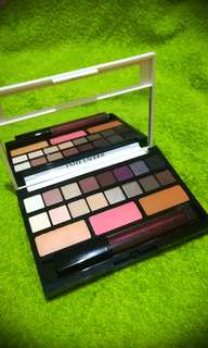 Estēe Lauder Pure Color Envy Sculpting Eyeshadow palette