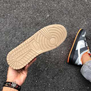 NIKE SB Dunk Low Brown.