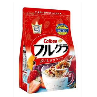 JAPAN Calbee Cereal Fruit Granola 800g
