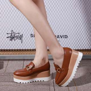 Platform Shoes Fashion ..jj Series # 1802 #  Bahan : Kulit halus Berat Real : 650 gram ( include box )