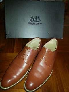 OXBRIDGE TOWN 真皮啡色皮鞋