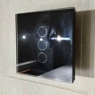Wall Switch by touch, for lights, with LED glow in dark (triple, type 86)