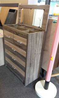 Chest Drawer with Mirror